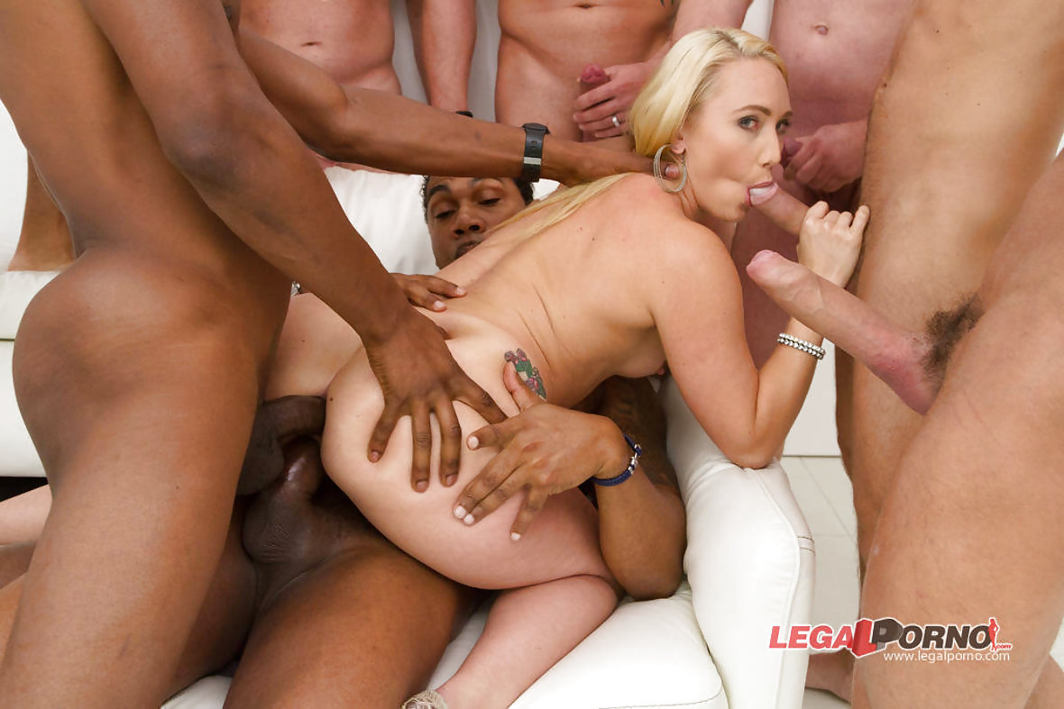 Sexy demoness AJ Applegate with bubble butt  PornSharing