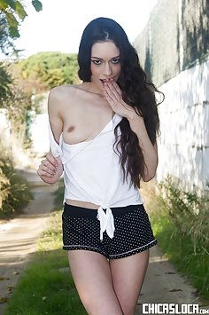 Arwen Gold outdoor sex | PornDoe Chicas Loca - image