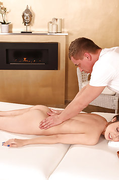 Elle Rose oil sex | Massage Rooms - image
