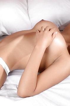 Selena Bella - image
