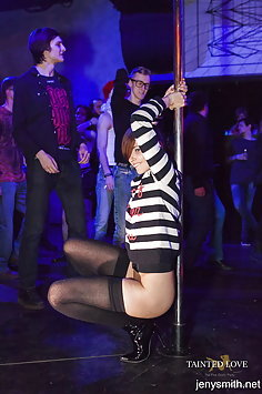 Jeny Smith nude at erotic party - image