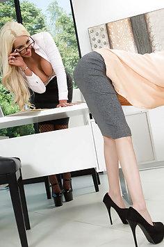 Nicolette Shea & Piper Perri | Hot And Mean - image