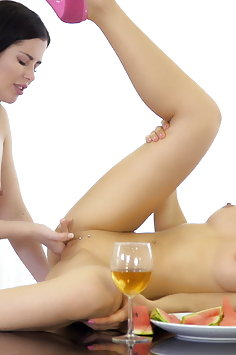 Sasha Rose has lesbian sex for dessert - image