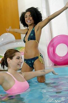 Luna Corazon interracial pool sex | PornDoe Relaxxxed - image