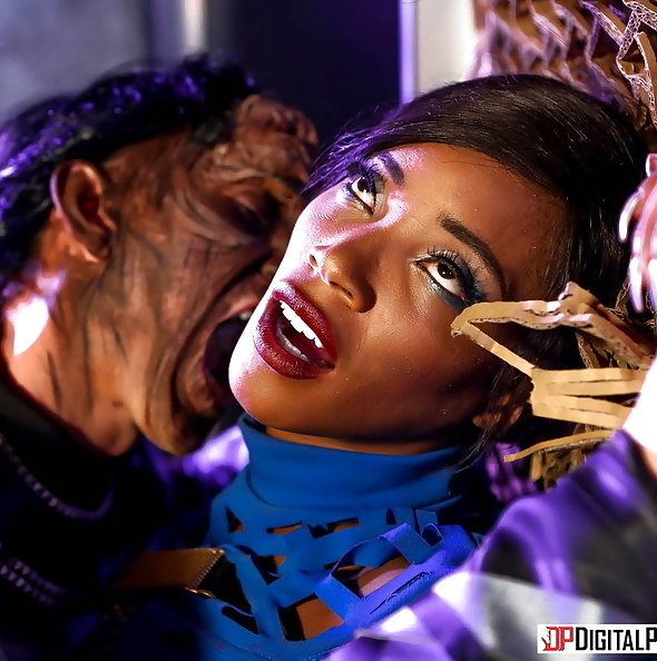 Kiki Minaj anal sex with Klingon in Star Trek parody | Digital Playground