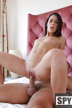 Megan Rain fucks stepbrother | Spy Fam - image