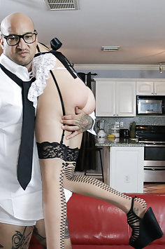 French maid Shae Celestine submissive sex | Submissived - image