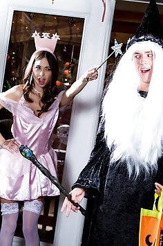 Riley Reid Halloween sex | Twistys Hard - image