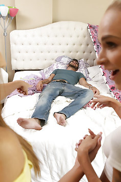 Emma Hix & Moka Mora creampie by stepbrother | Nubiles Porn Step Siblings Caught - image