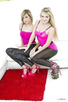 Ria Sunn & Jemma Valentine DP group sex | LegalPorno - image