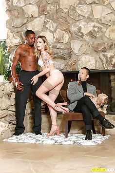 Dahlia Sky interracial cuckold sex | Pimp.XXX Cucked - image
