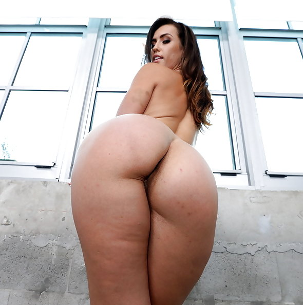 PAWG Kelsi Monroe anal & double penetration threesome | LegalPorno