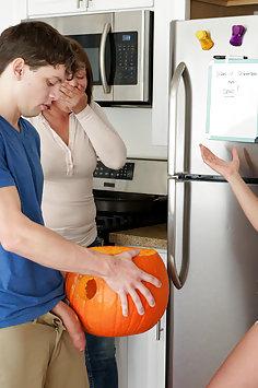 Aubrey Sinclair jerks off stepbrother in Halloween pumpkin | BrattySis - image