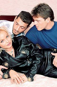 Silvia Saint double penetration trio | Private Classics - image