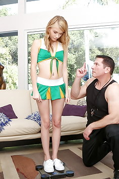 Cheerleader Hannah Hays gets pussy workout by coach | Pimp.XXX Petite - image