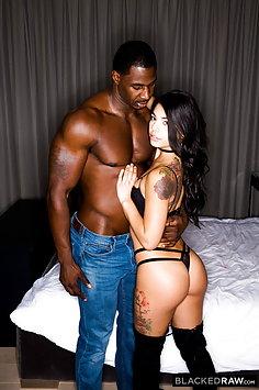 Gina Valentina & Jax Slayher interracial sex | BlackedRaw - image