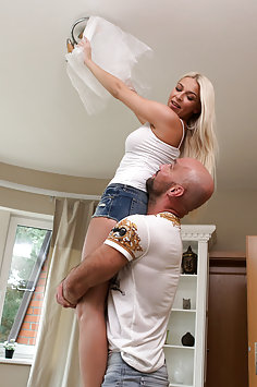 Karol Lilien gets creampie from Larry Steel | NubileFilms - image