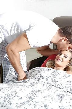 Sleepwalking Cali Carter sex with stepdad Ramon Nomar | Pimp.XXX Family - image