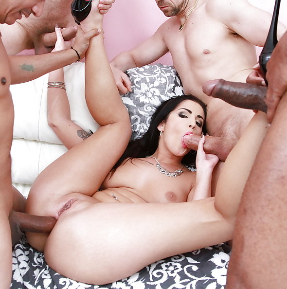 Loren Minardi interracial double penetration gangbang with 5 guys | LegalPorno