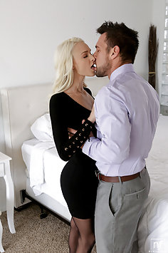 Emma Hix intense passion with Johnny Castle | NubileFilms - image