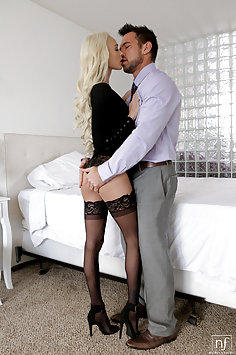 Emma Hix intense passion with Johnny Castle   NubileFilms - image
