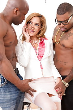 Chloe Amour interracial double penetration threesome | JulesJordan - image