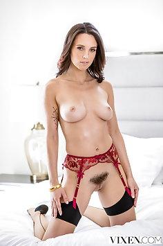 Jade Nile & Mickey Mod interracial sex | Vixen - image