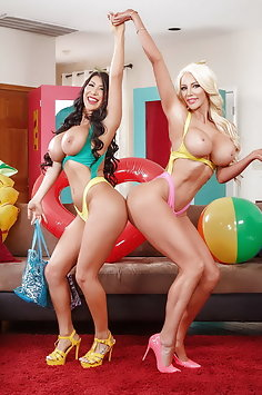 Threesome with Spring Break sex dolls Nicolette Shea & August Taylor | Brazzers