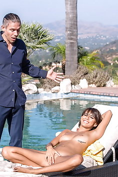 Janice Griffith sex in mansion | DDFnetwork: Hands on Hardcore - image