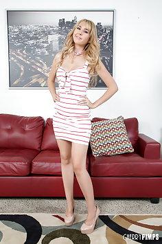 Sexy lesbians Jayden Cole & Aali Kali | CherryPimps - image
