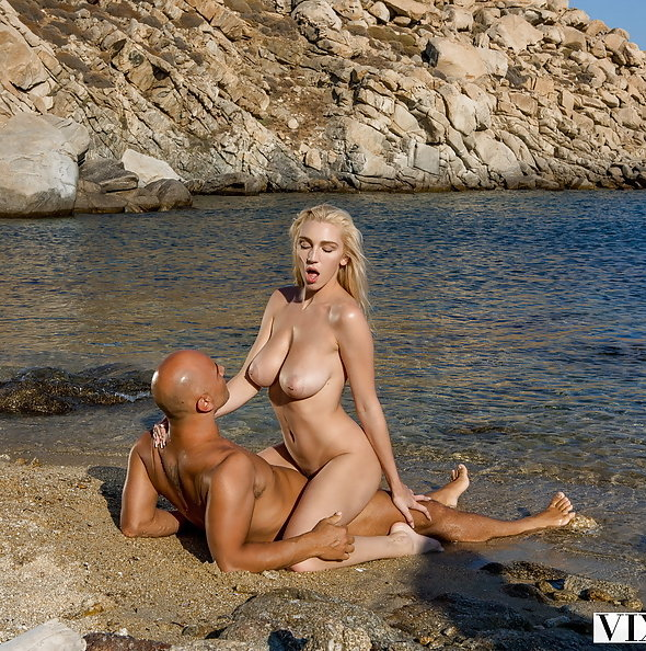 Busty American Kendra Sunderland sex on Greek beach | Vixen