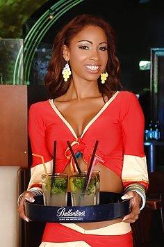 Latina waitress Katia De Lys gangbang in salsa club | LegalPorno - image