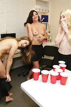 Beer pong & college orgy with Emma Starletto, Jessica Rex & Paige Owens | BFFS