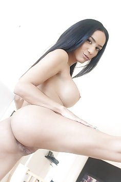 Busty latina MILF Tia Cyrus fucking | PureMature - image