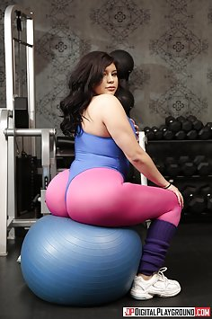 PAWG AliceafterDark fucks big dick at gym | DigitalPlayground - image